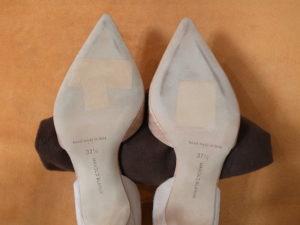 マノロ・ブラニク靴底補強前2
