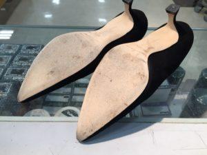 マノロブラニク靴底補強前